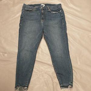 Good american good legs frayed hem jeans size 22